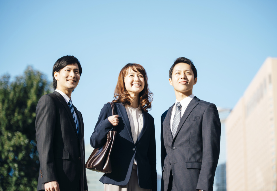 KDDI、ソフトバンク、NTT…日本のITを牽引する3社の入社式あいさつ 1番目の画像