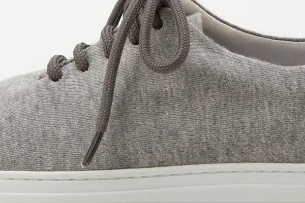 ひとクセ効いたミニマルデザインに注目。Ambのスニーカーでスタンダードなスタイルに小さな革命を 11番目の画像