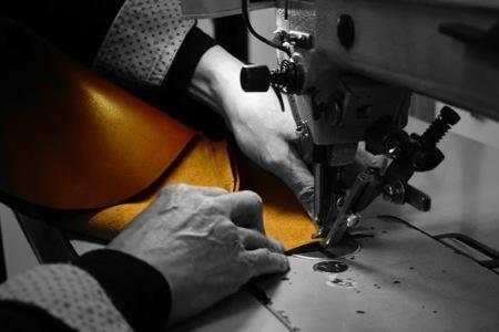 ジャパンメイドの品質とデザイン。ビジネススタイルにも馴染むUni&co.のメッセンジャーバッグ 2番目の画像