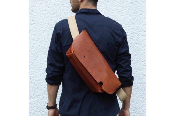 ジャパンメイドの品質とデザイン。ビジネススタイルにも馴染むUni&co.のメッセンジャーバッグ 7番目の画像