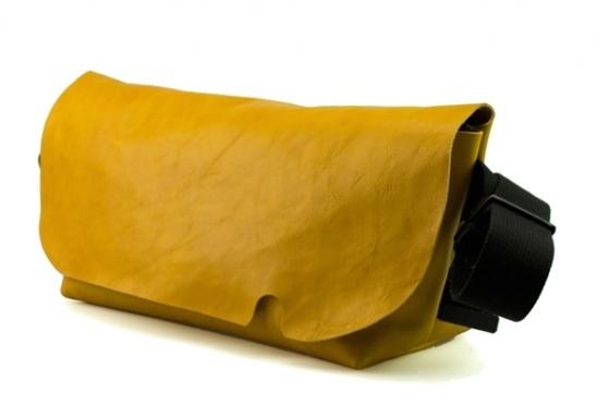 ジャパンメイドの品質とデザイン。ビジネススタイルにも馴染むUni&co.のメッセンジャーバッグ 12番目の画像