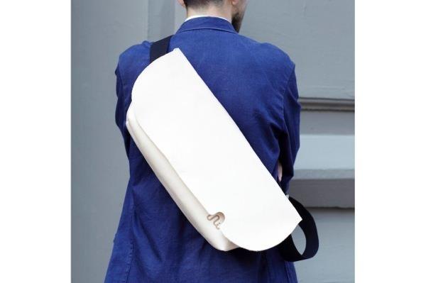 ジャパンメイドの品質とデザイン。ビジネススタイルにも馴染むUni&co.のメッセンジャーバッグ 22番目の画像