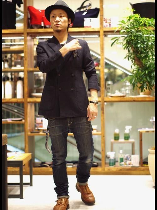"""真の洒落男が着こなす「ジャケット×ジーンズ」:本当の""""かっこいい""""を魅せる、ジャケジーのコーデ術 10番目の画像"""