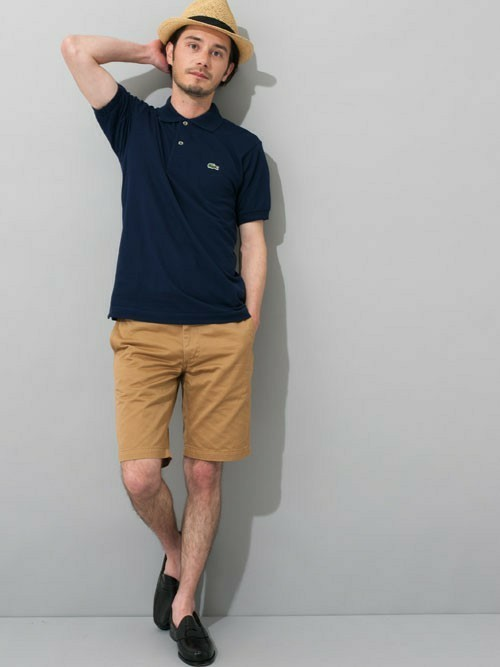 大人メンズの大定番「LACOSTE」のポロシャツ。女性の好感度◎なコーディネート集 4番目の画像