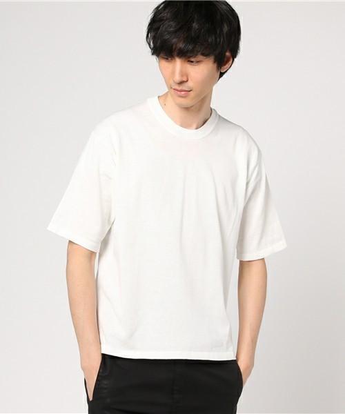 30代から着こなしたい無地Tシャツ、選ぶポイントは「カタチ」にあった 2番目の画像