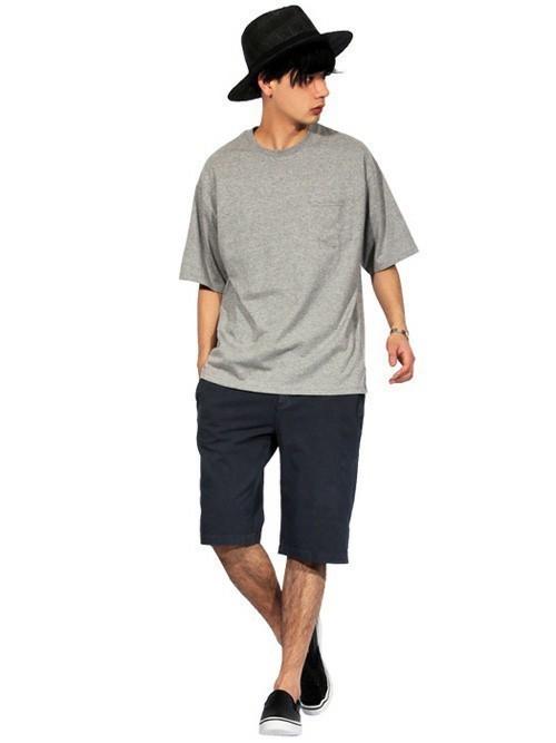 """今夏のTシャツ、キーワードは""""ビッグシルエット"""":最旬シルエットで「シンプル」のその先へ 4番目の画像"""