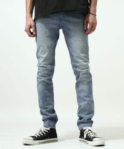 スリムなジーンズだけど、財布の紐は緩くなる? 人気の「スキニージーンズ」選ぶならこれを選べ! 4番目の画像