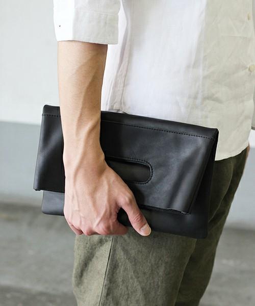 オトナの新常識アイテム「バッグインバッグ」を都会的に着こなす 5番目の画像