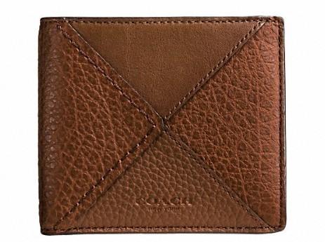 丈夫でハイセンス。永く愛せるCOACHの二つ折り財布 6番目の画像