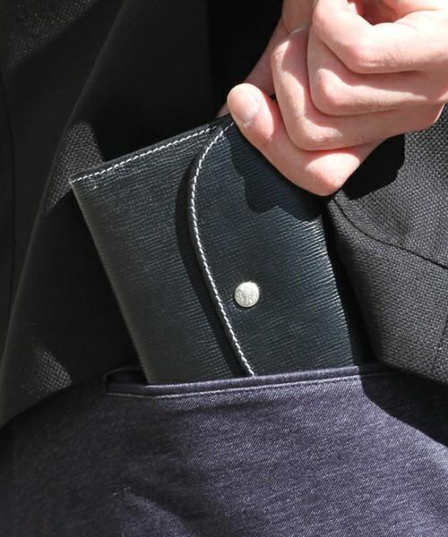 その堅牢さに恋をする。オトナを魅了し続ける「ホワイトハウスコックス」の財布 1番目の画像