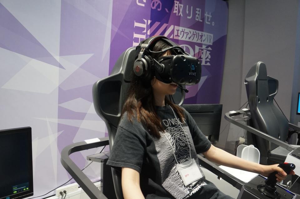 エヴァや攻殻、ガンダムがVRゲームになって登場!新宿にオープンした国内最大級VR施設体験レポ 3番目の画像