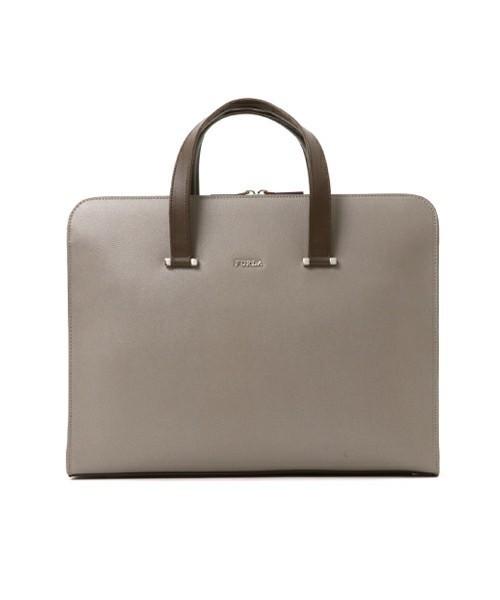 男女を魅了する美しさを秘めたFURLAのビジネスバッグ 4番目の画像