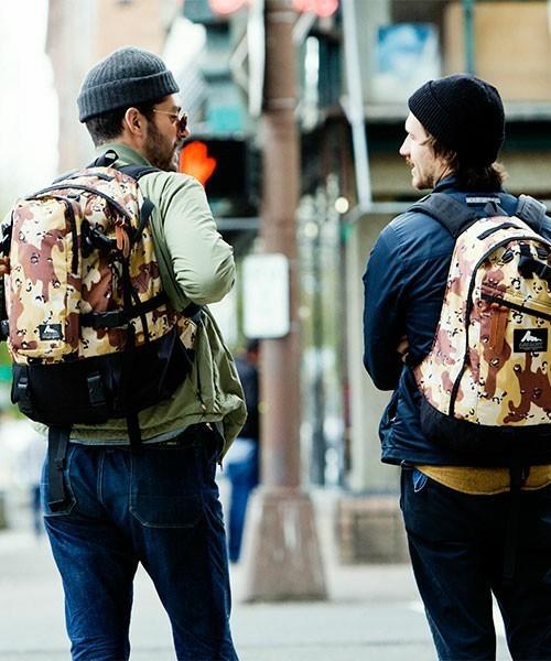 往年の名作モデルが続々復刻! 40周年を迎えたGREGORYのバックパックを着る 2番目の画像