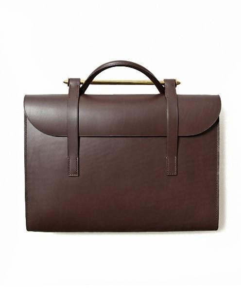 いつまでも働く人に愛される吉田カバンの優秀ビジネスバッグ 1番目の画像