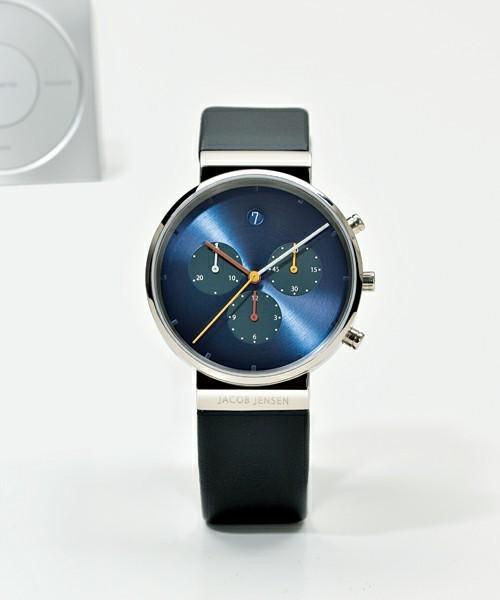 """憧れを現実に変える。手頃な価格ながら""""品""""がある「クロノグラフ」の腕時計3選 1番目の画像"""