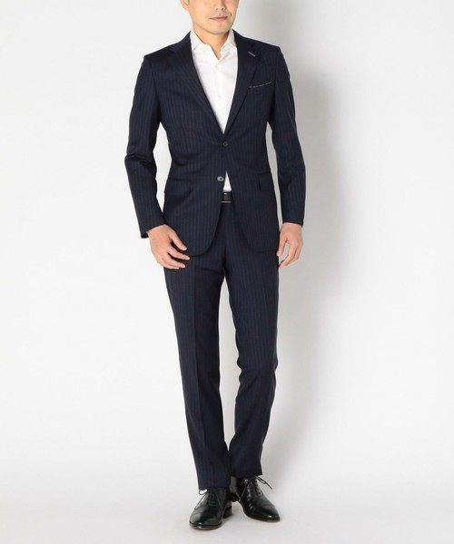 【完全版】王道「ネイビースーツ」の着こなし術:ネイビースーツの基礎からワンランク上のおしゃれまで 4番目の画像