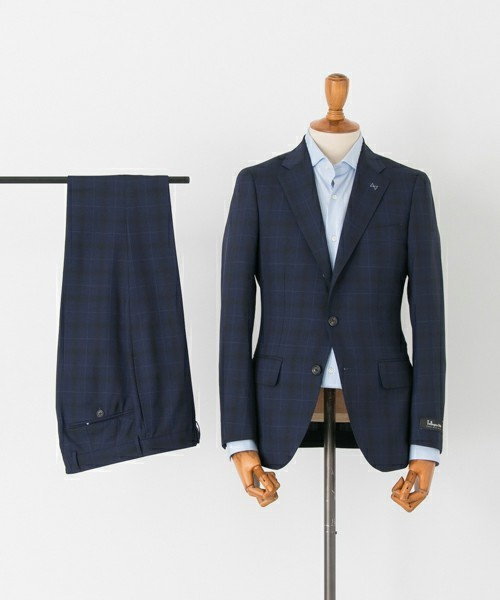 【完全版】王道「ネイビースーツ」の着こなし術:ネイビースーツの基礎からワンランク上のおしゃれまで 5番目の画像