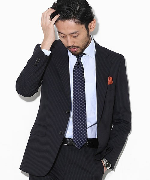 【完全版】王道「ネイビースーツ」の着こなし術:ネイビースーツの