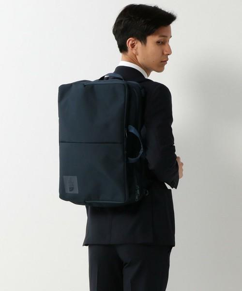 リュックで快適な通勤スタイル! スーツに似合う上質な3WAYバッグ 12番目の画像