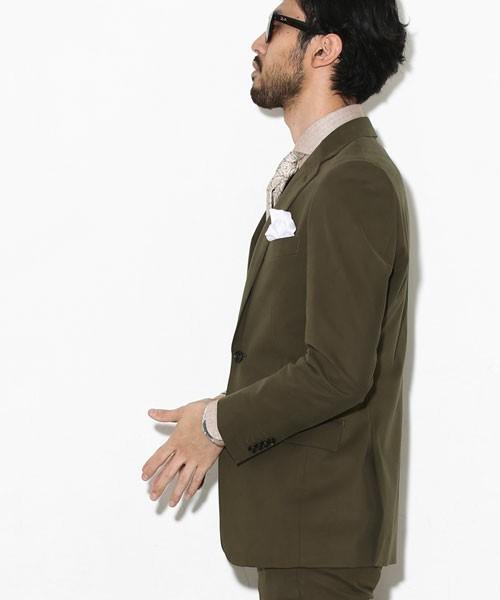 実写映画『美女と野獣』のイケメン俳優ダン・スティーヴンスに学ぶ大人のスーツスタイル 7番目の画像