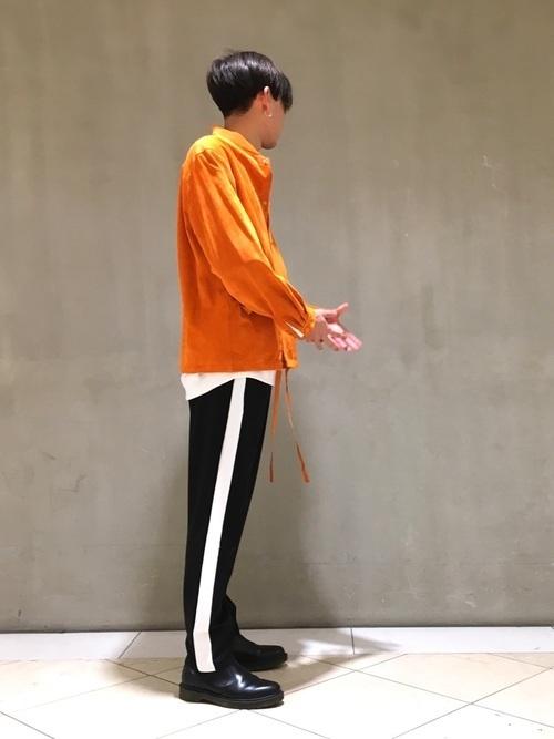 凛とした立ち姿を叶える「サイドゴアブーツ」おすすめブランド&着こなし 19番目の画像