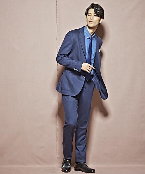 【完全版】王道「ネイビースーツ」の着こなし術:ネイビースーツの基礎からワンランク上のおしゃれまで 2番目の画像
