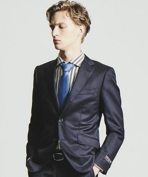 【完全版】王道「ネイビースーツ」の着こなし術:ネイビースーツの基礎からワンランク上のおしゃれまで 19番目の画像