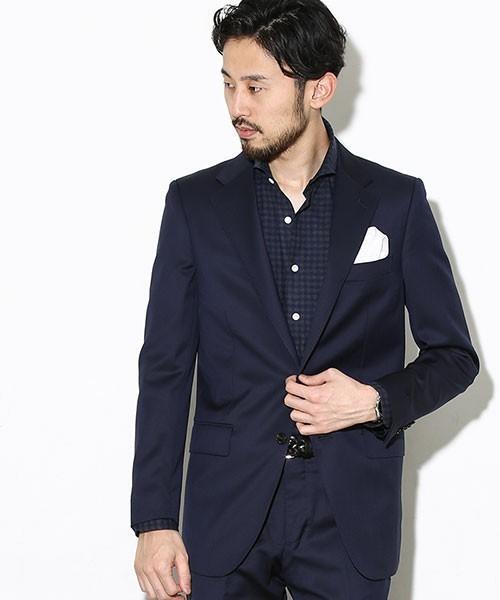 【完全版】王道「ネイビースーツ」の着こなし術:ネイビースーツの基礎からワンランク上のおしゃれまで 20番目の画像