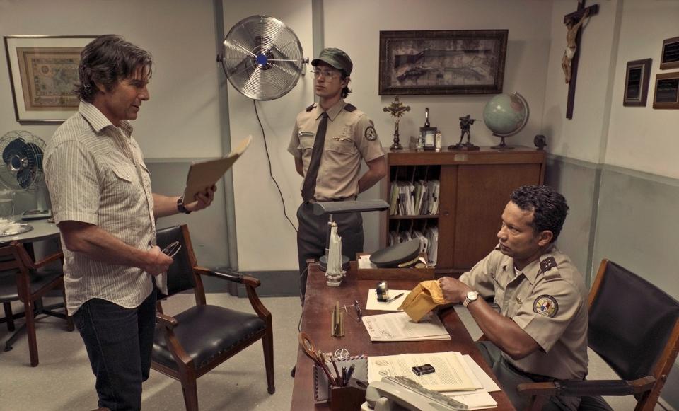 敏腕パイロットからコカインの運び屋に?トム・クルーズが体を張って演じる最新映画は実話かホラ話か 2番目の画像