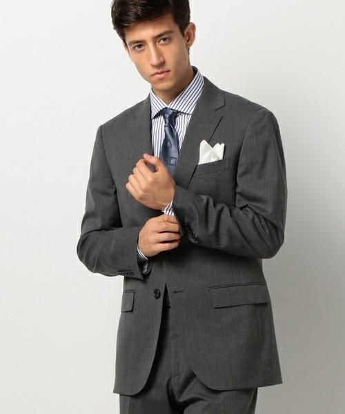 グレースーツと3種の神器「シャツ・ネクタイ・靴」の着こなし方:ワンランク上のおしゃれなスーツ姿へ 6番目の画像