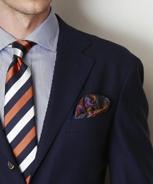 グレースーツと3種の神器「シャツ・ネクタイ・靴」の着こなし方:ワンランク上のおしゃれなスーツ姿へ 17番目の画像