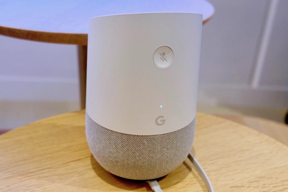 西田宗千佳のトレンドノート:Google Home、ついに日本登場。ライバルとどう違う? 3番目の画像