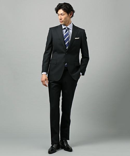 結婚式にNGなスーツって?男性ゲストの結婚式服装マナー&王道スーツコーデ 12番目の画像