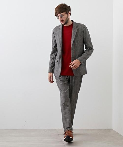 秋冬のスーツスタイルは「セーター」を取り入れる! スーツとセーターの着こなしを徹底解説 11番目の画像