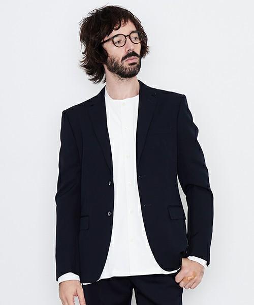 ビジネスにも休日にも絶妙に使いやすいネイビージャケットたち 4番目の画像