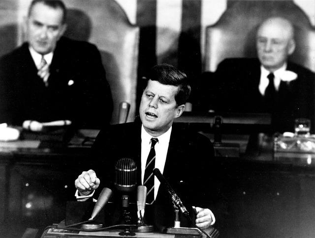 元米大統領ジョン・F・ケネディ暗殺事件に関する機密資料を一部を除いて完全公開、発覚した新事実 1番目の画像