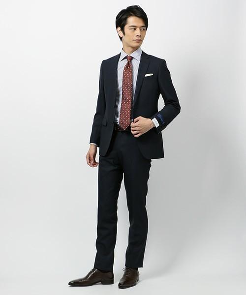 ネクタイを正しい長さで結ぶコツ 2