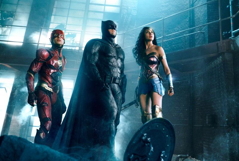 「アベンジャーズ」にはない魅力は?DCコミックスのヒーローが集結「ジャスティス・リーグ」! 1番目の画像
