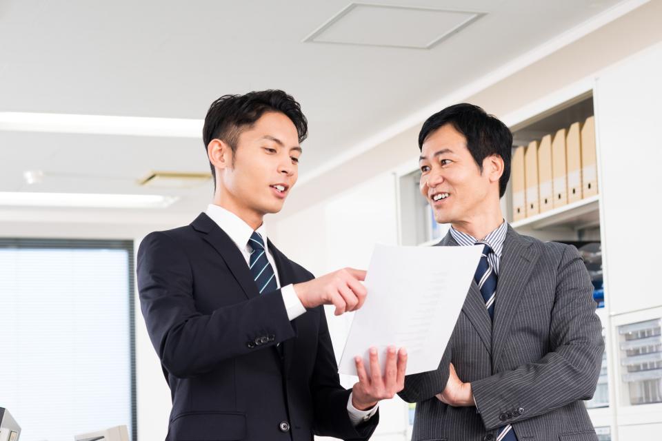 ビジネスにおける手土産の渡し方! タイミングとマナーの正解とは? 3番目の画像