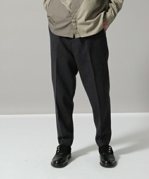 カジュアルからフォーマルまで!ブランド別あったかウールパンツ着まわし術 6番目の画像