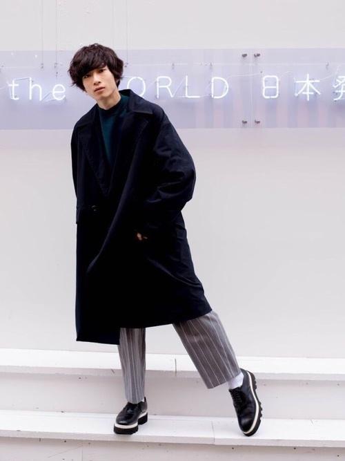 エレガントなのに男っぽい。チェスター&ステンカラーのロングコート着こなし術 6番目の画像