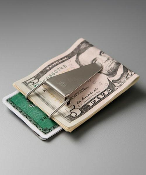 """""""財布""""はこんなに薄くなる!スマートシンプルな大人の男のための「マネークリップ」特集 2番目の画像"""