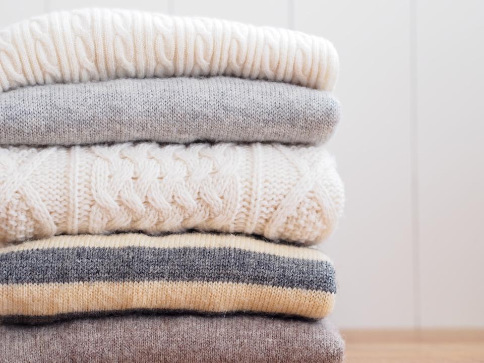 セーターにできてしまう毛玉を簡単に取る裏技をご紹介! 身近にあるアイテムを使った簡単毛玉取りテク 3番目の画像