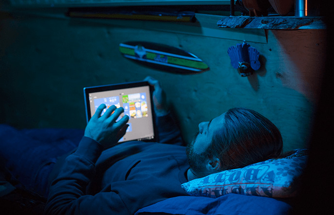 西田宗千佳のトレンドノート:「スマホのCPUで動くWindows PC」が2018年台風の目に! 3番目の画像