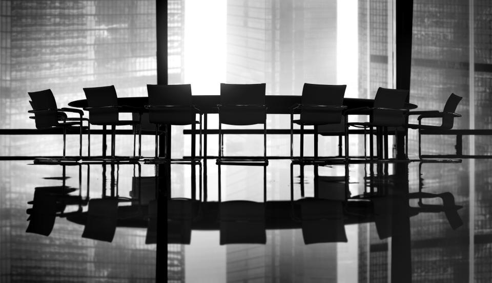 【会議用の席札マナー】会議で利用する席札に書く文面・作り方のマナーを解説! 1番目の画像