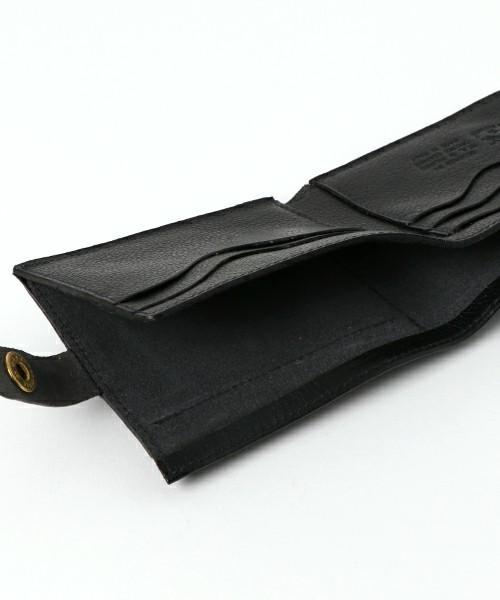 ボーナスで買いたい!男を上げるブランド革財布【二つ折り財布編】 4番目の画像