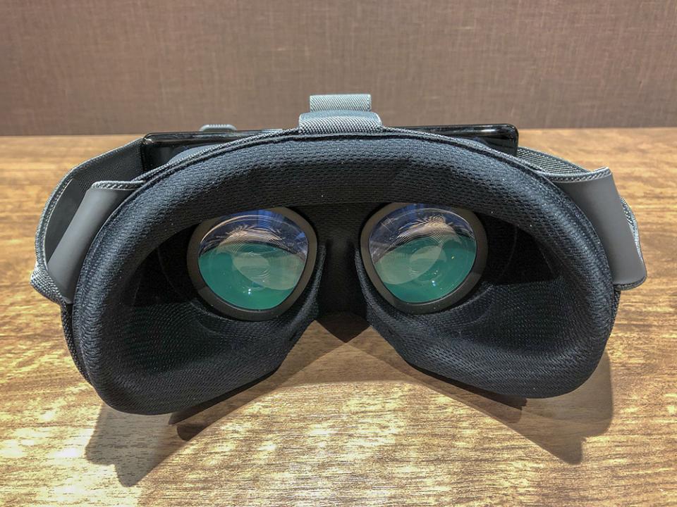 西田宗千佳のトレンドノート:スマホVRを「本物」に引き上げるGoogleの「Daydream」 4番目の画像