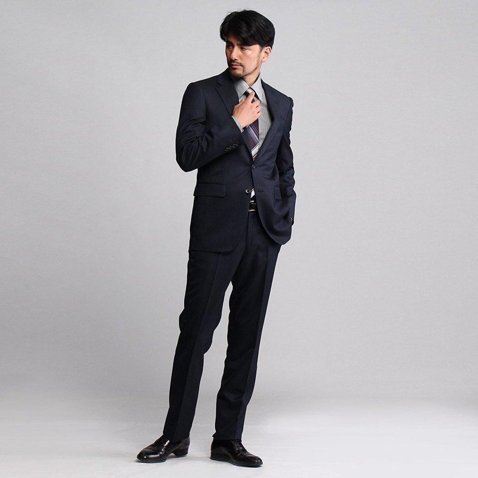 20代でも着こなせる「メンズスーツブランド」10選:若くてもカッコイイ「スーツ」を着たい 3番目の画像