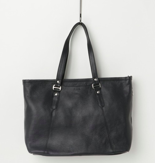 プライベートからビジネスまで使える、新年に欲しいレザーバッグを価格帯別にラインナップ! 5番目の画像