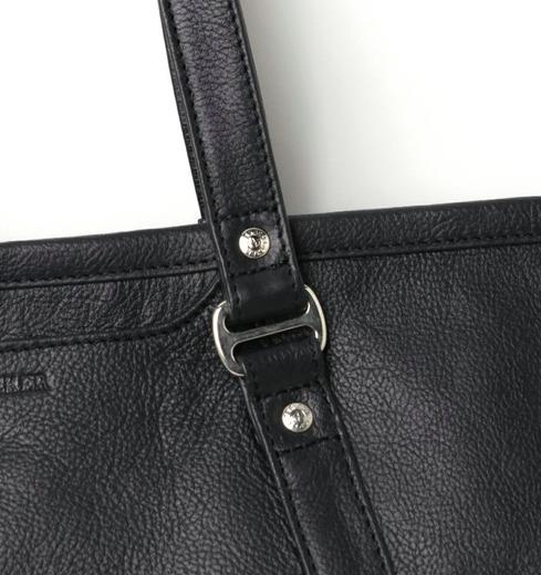 プライベートからビジネスまで使える、新年に欲しいレザーバッグを価格帯別にラインナップ! 6番目の画像